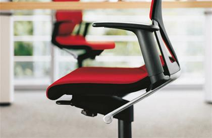 Seating  Modus Small Swivel Chair