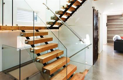 comma-glass-stair